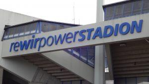 Eingang zum Ruhrstadion
