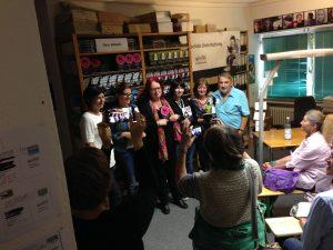 Gruppenbild beim Tag der offenen Tür beim Grafit Verlag
